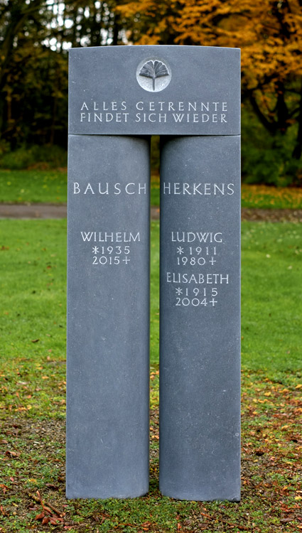stele_bausch